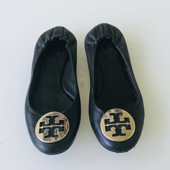 c1e0e59702c5 Tory Burch Shoes - Tory Burch Minnie Travel Logo Ballet Flats 8.5